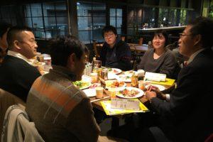 飲食形式の座談会